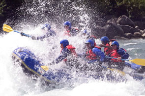 Getting stuck into the whitewater on the Marsyandi river