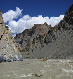 Heading down the amazing Zanskar river